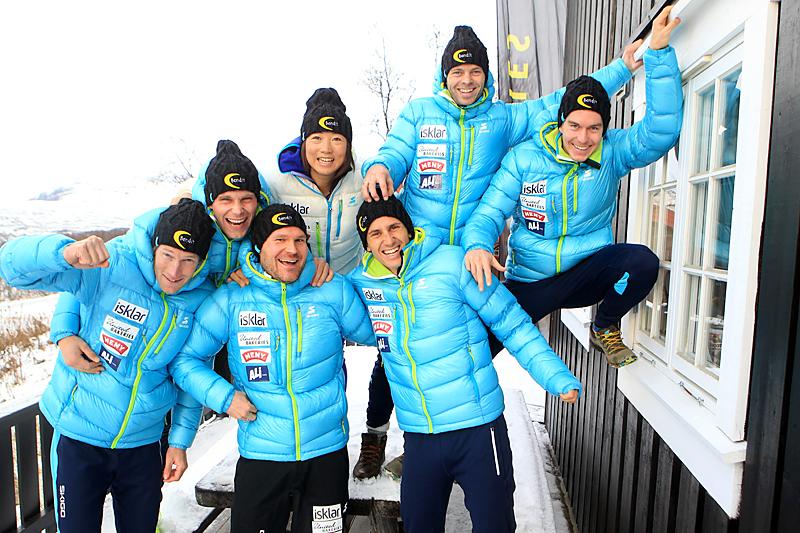 Team United Bakeries i forbindelse med Beitosprinten 2015. Fra venstre: Simen Østensen, Henrik Kvissel, Øystein Pettersen, Masako Ishida, Tore Bjørseth Berdal, Johan Kjølstad og Vetle Thyli. Foto: Erik Borg.