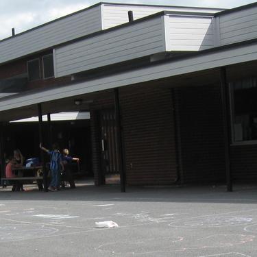 Skolegård utsnitt Vesterskaun skole