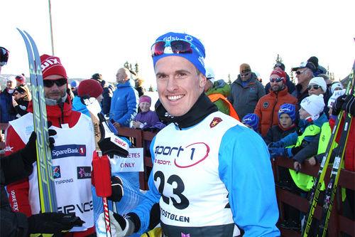 Morten Eide Pedersen strålende fornøyd etter sin 5. plass på sprinten under Beitosprinten 2015. Foto: Geir Nilsen/Langrenn.com.