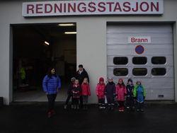 Barnehagen foran Brannstasjonen