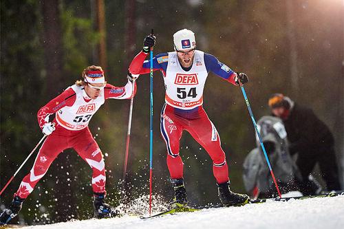 Martin Johnsrud Sundby på vei mot solid seier på 2. etappe av minitouren i Kuusamo og Ruka 2015. Foto: Felgenhauer/NordicFocus.