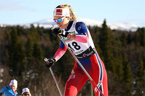 Marthe Bjørnsgaard i den klassiske sprinten på Beitostølen. Foto: Geir Nilsen/Langrenn.com.