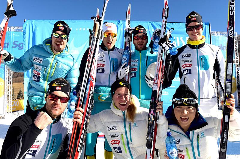 Team United Bakeries jubler for lagtemposeieren i Ski Classics 2015. Foto: Visma Ski Classics.