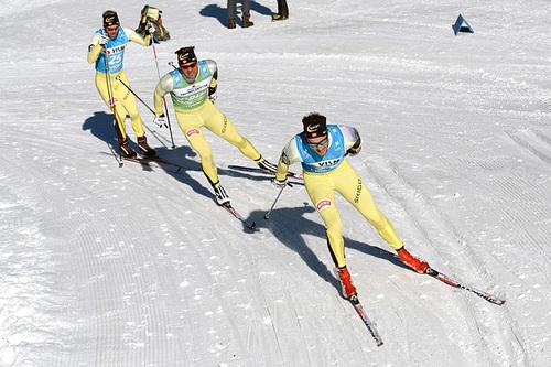 Team United Bakeries-toget under lagtempoen ProTeam Tempo i Ski Classics en tidligere sesong. Foto: Rauschendorfer/NordicFocus.