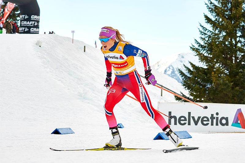 Therese Johaug behersker begge stilarter på flott vis, her er hun på vei mot suveren seier på 15 km fristil under verdenscupen i Davos 2015. Foto: Felgenhauer/NordicFocus.