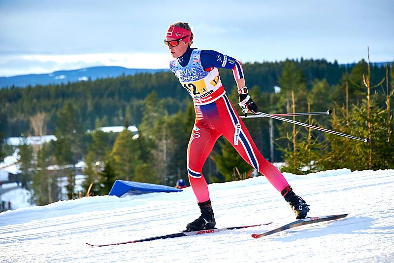 Anne Kjersti Kalvå gikk verdenscupstafetten på Lillehammer 2015 for det norske fjerdelaget som endte på 10.-plass. Foto: Modica/NordicFocus.