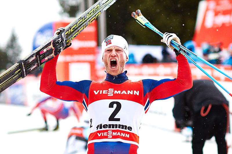 Vill jubel fra Martin Johnsrud Sundby etter at han vant Tour de Ski 2015. Foto: Felgenhauer/NordicFocus.