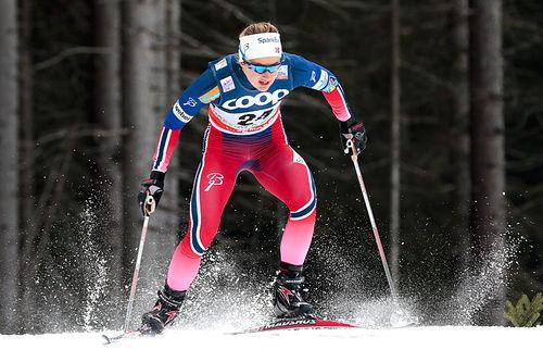 Ingvild Flugstad Østberg er først av de norske damene i fredagens sprintprolog. Her i prologen under verdenscupsprinten i Toblach før jul. Foto: Modica/NordicFocus.