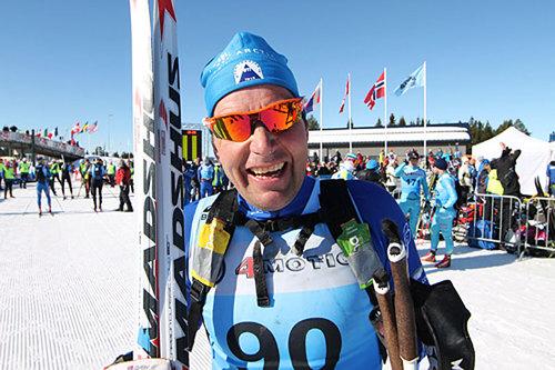 Erling Jevne smiler etter nok en klasseseier i Birkebeinerrennet 2015. Foto: Lars Krogsveen/Birken AS.