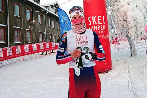Vinner av dameklassen forrige vinter ble Astrid Uhrenholdt Jacobsen, i bitende kulde med 17 minusgrader. Arrangørfoto.