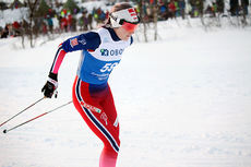 Thea Krokan Murud underveis på 10-kilometeren under NM i Tromsø 2016 der hun tok bronsemedalje. Foto: Erik Borg.