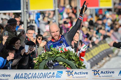 Tord Asle Gjerdalen inn til seier i Marcialonga 2016. Foto: Rauschendorfer/NordicFocus.