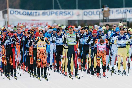 Klart for start i en tidligere utgave av Marcialonga. Foto: Magnus Östh/Ski Classics.