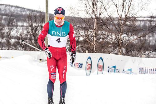 Daniel Strand på vei mot seier i Stabbursdalen Skimaraton. Foto: Fred Persen.