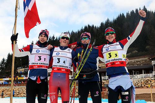Norges gullgutter fra stafetten i Junior-VM Rasnov 2016. Fra venstre: Mattis Stenshagen (1. etappe), Johannes Høsflot Klæbo (4), Vebjørn Hegdal (2) og Jan Thomas Jenssen (3). Foto: Erik Borg.
