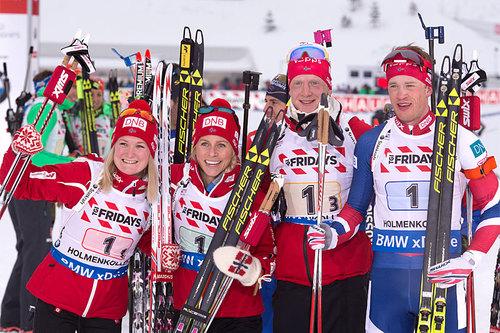 Norges bronselag på mix-stafetten under VM i Oslo 2016. Fra venstre: Marte Olsbu, Tiril Eckhoff, Johannes Thingnes Bø og Tarjei Bø. Foto: Manzoni/NordicFocus.