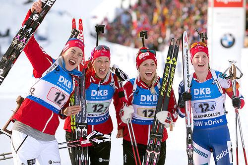 Norges gulljenter fra kvinnestafetten i Oslo-VM 2016. Fra venstre: Synnøve Solemdal, Fanny Horn Birkeland, Tiril Eckhoff og Marte Olsbu. Foto: NordicFocus.