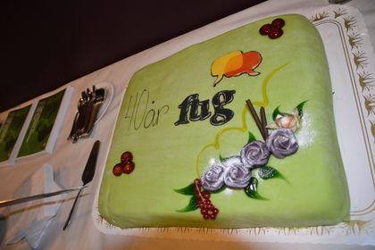 FUG 40 år nærbilde kaka