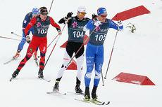 Morten Eide Pedersen tok bronse, sammen med klubbkamerat Martin Løwstrøm Nyenget, for Lillehammer Skiklub på lagsprinten i snødrevet under NM på Beitostølen. Her er han i føringen på en av sine etapper. Foto: Erik Borg.
