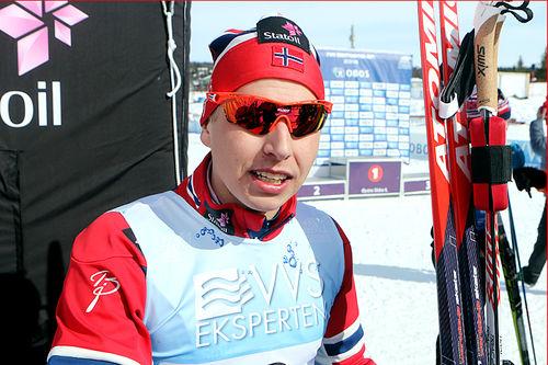 Simen Hegstad Krüger tok bronse på 10-kilometere i fri teknikk under NM på Beitostølen 2016. Foto: Erik Borg.