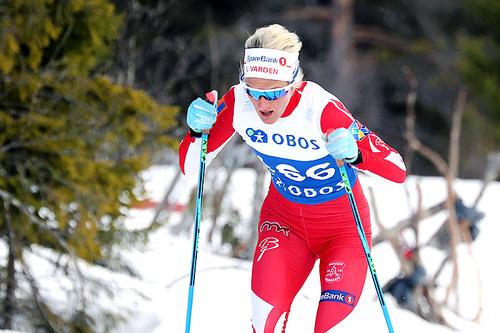 Kathrine Harsem på vei mot sjetteplass på 5-kilometeren i fri teknikk under NM på Beitostølen 2016. Foto: Erik Borg.