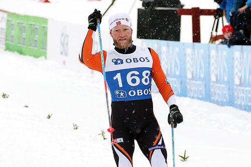 Martin Johnsrud Sundby inn till gull på 5-mila under NM på Beitostølen 2016. Foto: Erik Borg.