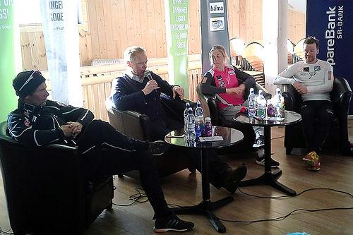 Audun Svartdal (nummer to f.v.), sammen med Chris Jespersen, Astrid Uhrenholdt Jacobsen og Sjur Røthe. Foto: Haukelirennet.