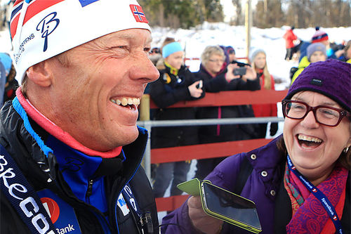 Landslagstrener Egil Kristiansen intervjues av Mette Bugge under den nasjonale sesongåpningen på Beitostølen 2015. Foto: Erik Borg.