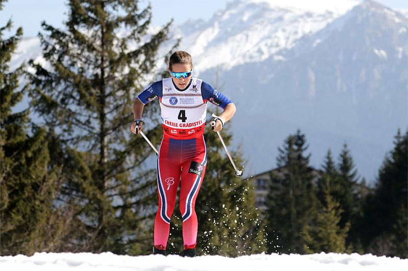 Lotta Udnes Weng på vei mot VM-sølv på 5 km klassisk under juniorenes mesterskap i Rasnov i Romania 2016. Foto: Erik Borg/Langrenn.com.