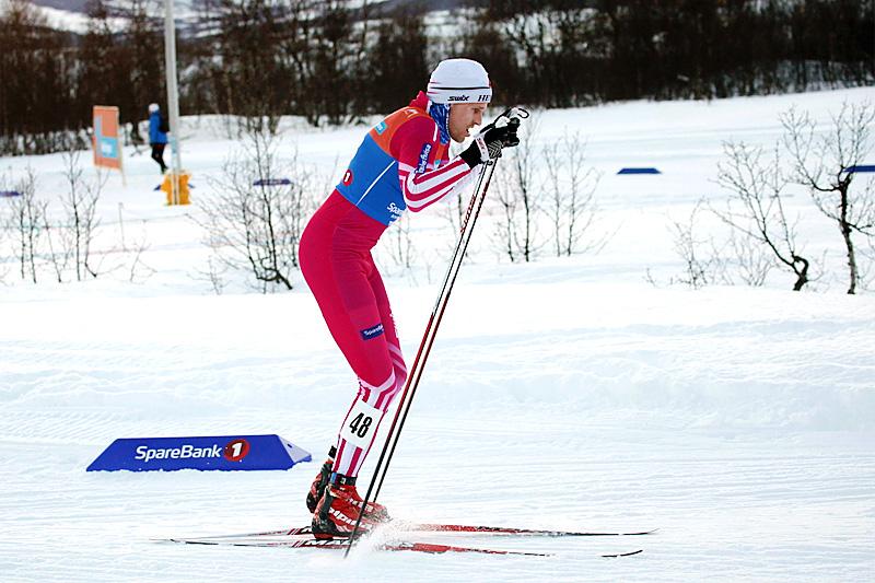 Ole-Marius Bach i fellesstarten med skibytte under NM i Tromsø 2016. Foto: Erik Borg.