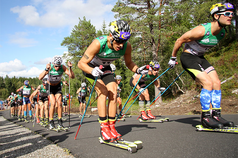 Konkurranse i sommervarmen, her fra Toppidrettsveka. Foto: Geir Nilsen/Langrenn.com.