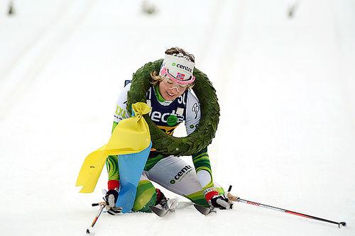 Laila Kveli gikk i mål til seier i Vasaloppet 2014. Foto: Rauschendorfer/NordicFocus.