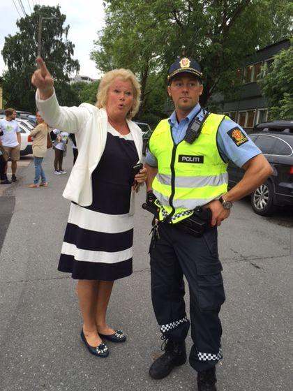 Rektor Lene Rønning-Arnesen ved Smestad og politiet