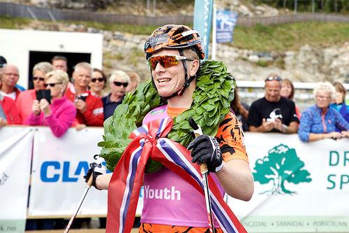Anders Mølmen Høst etter seieren i Olaf Skoglunds Minneløp forrige sesong. Foto: World Classic Tour.