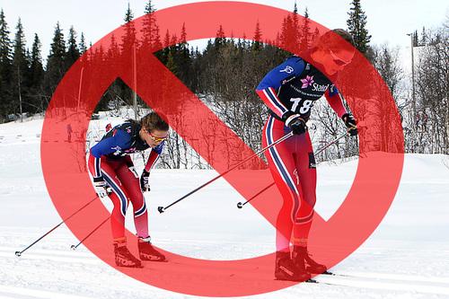 Staking er ikke lenger tillatt over alt. Bildet viser Lotta og Tiril Udnes Weng som er to sterke skiløpere i alle stilarter. Manipulert bilde - Foto: Erik Borg - Fotomontasje: Langrenn.com.