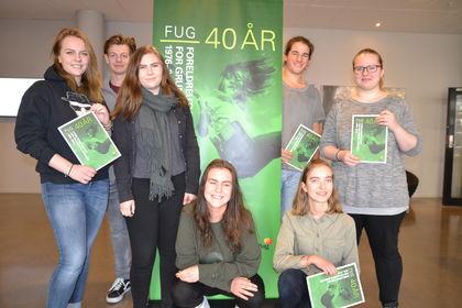 Elevebakken-elever lager FUG-utstilling