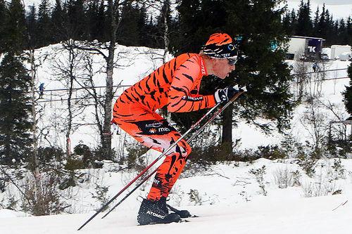 Anders Mølmen Høst staker opp den tøffe bakken med 18% stigning, under trening før sesongåpningen på Beitostølen. Foto: Erik Borg.
