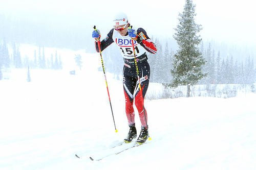 Didrik Tønseth staker mot seier på 15 kilometer klassisk under sesongåpningen på Beitostølen forrige vinter. Foto: Erik Borg.