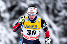 Marit Bjørgen koster på på vei mot seier i 10 km klassisk under verdenscupen sesongstart i Ruka og Kuusamo forrige vinter. Foto: Thibaut/NordicFocus.