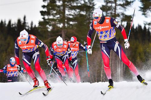 Norske landslagsløpere ute på trening under verdenscupen på Lillehammer. Foto: Thibaut/NoridcFocus.