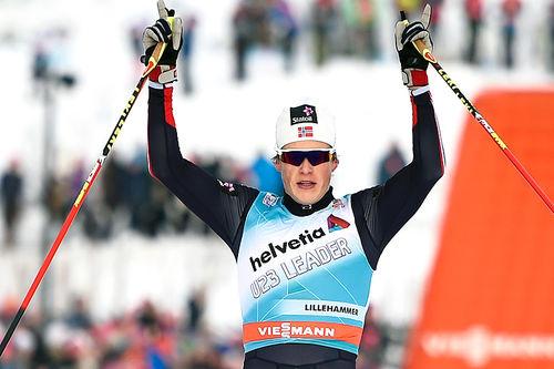Gjennombruddsmannen Johannes Høsflot Klæbo gikk inn til en råsterk 2. plass i verdenscupens minitour på Lillehammer 2016. Foto: Thibaut/NordicFocus.