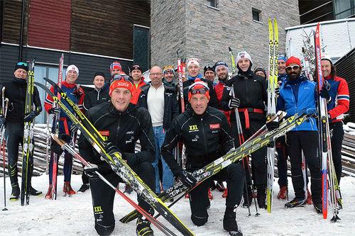 Fornøyde deltakere på vintersanling med Aukland-brødrene i Trysil forrige vinter. Foto: Aukland Coaching.