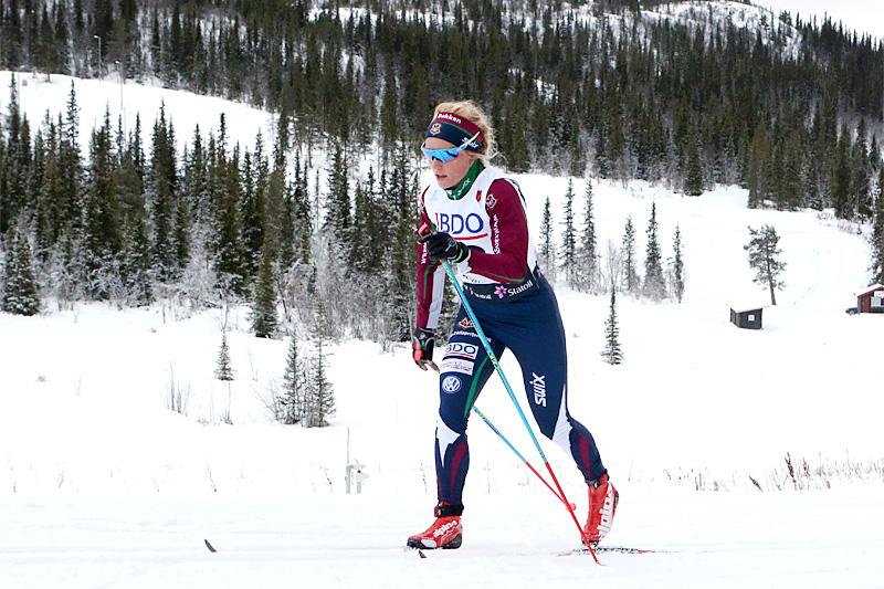 Marthe Kristine Hafsahl Karset er stor fan av karusellrenn og ser stor nytte av disse i sin egen satsing som skiløper. Foto: Erik Borg.