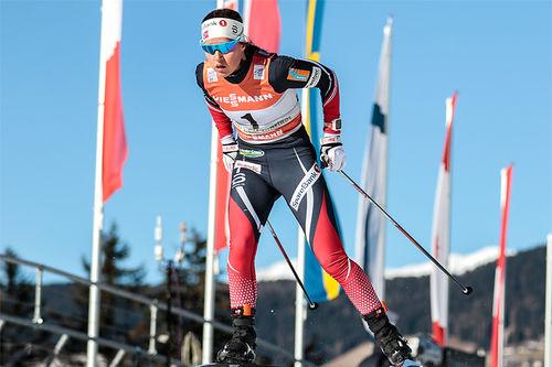 Lotta Udnes Weng, her i aksjon under Tour de Ski, er en av toppløperne som forteller om sitt treningsarbeid i denne artikkelen. Foto: Modica/NordicFocus.