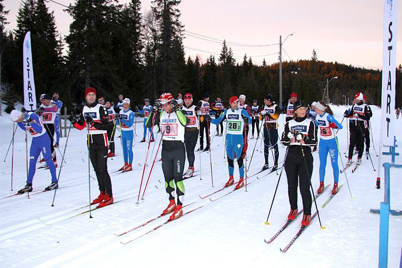 En god hardøkt, med rom for å teste ulike viktige aspekter, det er hva de uformelle treningskonkurransene blant annet byr på. Foto: Geir Nilsen/Langrenn.com.