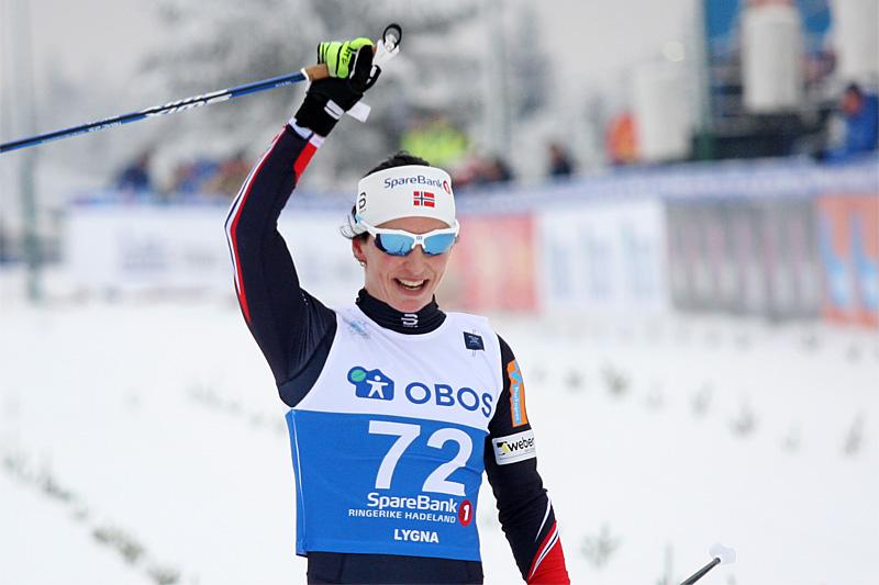 Marit Bjørgen jubler over NM-gull på 10 km klassisk under norgesmesterskapet på Lygna 2017. Foto: Geir Nilsen/Langrenn.com.