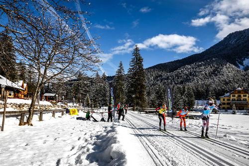 Illustrasjonsbilde fra det innbydende langløpet Cortina - Toblach i Nord-Italia, et renn som inngår i langløpscupen Visma Ski Classics. Foto: Bragotto/NordicFocus.