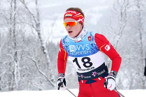 Caroline Madsen er ung senior og hun utvikler seg jevnt og trutt som skiløper. Foto: Erik Borg.