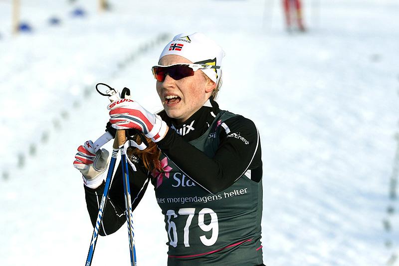 Lone Johansen tok gull på Kvinner 19/20 år sin 15 kilometer fri teknikk under Junior-NM i Harstad 2017. Foto: Erik Borg.