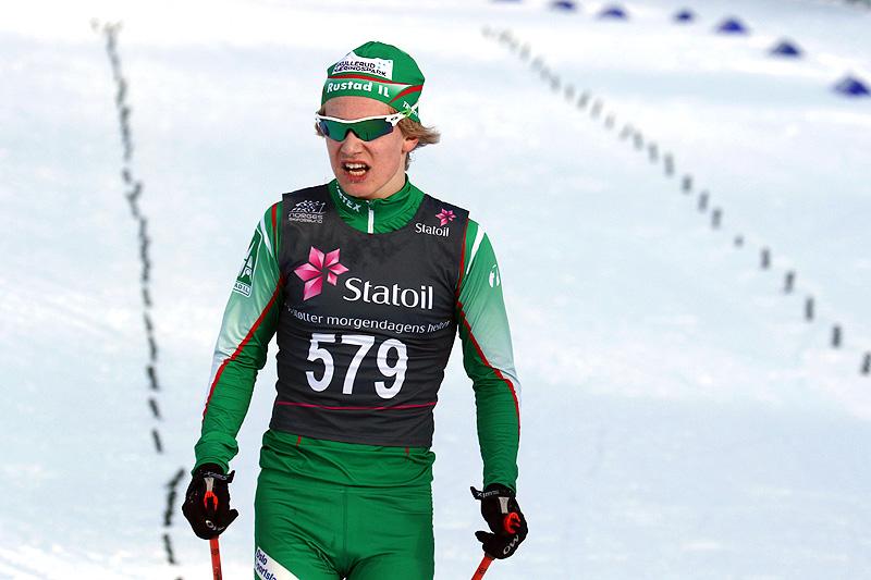 Iver Tildheim Andersen gikk inn til gull for yngste herreklasse på 10 kilometer fri teknikk under Junio-NM i Harstad 2017. Foto: Erik Borg.